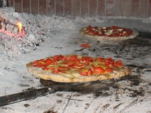 What Is An Authentic Neapolitan Pizza Wood Fired Pizza Oven